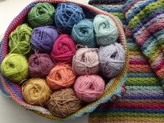 Lucy from Attic 24 has designed a beautiful striped blanket inspired by the colours of dried Hydrangea flowers.