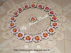Wilma Crochê: Tapete redondo com flores de crochê