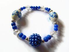 Blue stretch bracelet blue and white bracelet beaded by KaisCards