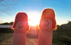 Finger Photography: Telling The Tale of the Finger People [PICS]