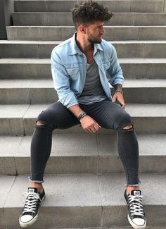 9 Miraculous Useful Tips: Urban Cloth Outfit urban wear for men jeans.Urban Wear For Men Jeans. Moda Sneakers, Sneakers Mode, Sneakers Fashion, Black Sneakers, Sneakers Style, Jordans Sneakers, Urban Apparel, Urban Fashion Photography, Running Shoes For Men