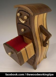 Unique! Thumbs Up Or Down | WoodworkerZ.com