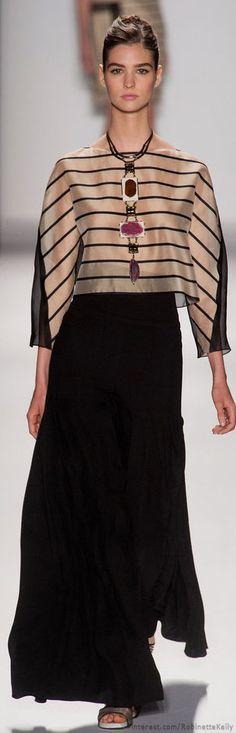 Carolina Herrera at New York Fashion Week Spring 2014 - Runway Photos Ny Fashion Week, I Love Fashion, New York Fashion, High Fashion, Fashion Show, Fashion Design, Fashion News, Carolina Herrera, Couture Fashion