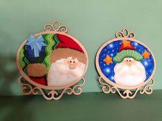 Decorative Plates, Christmas Ornaments, Holiday Decor, Xmas, Scrappy Quilts, Santa Ornaments, Christmas Paintings, Appliques, Modern Christmas