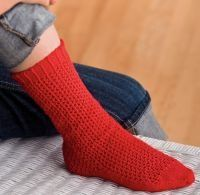 Easy knitted sock pattern for an intro to socks. Looks warm and cozy!