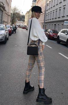 cf90ef612d it-girl - tricot-calça-xadrez-coturno - tricot - inverno - street style