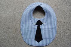 Dress Shirt and Tie BibThe Little Businessman por CarolynsClassics