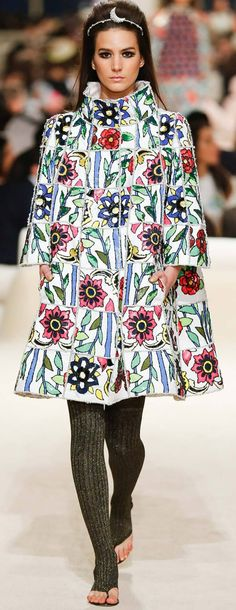 Chanel - Resort 2015 - I want those tights!