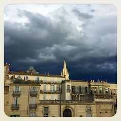 Sun & clouds #montpellier Sun And Clouds, Montpellier, Mansions, House Styles, Home Decor, Decoration Home, Manor Houses, Room Decor, Villas