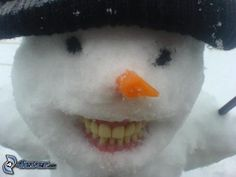 49 Christmas Memes Memes and Gifs at abundentlifedreams Funny Images, Funny Photos, Funny Gifs, Snowman Photos, Funny Snowman, Winter Schnee, I Love Snow, Snow Sculptures, Snow Art