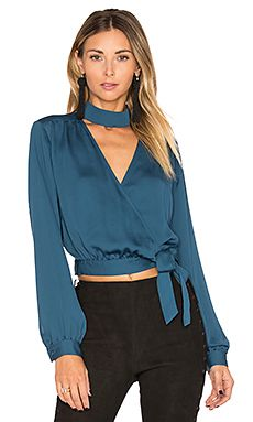 L'Academie The High Collar Wrap em Teal Long Skirt Outfits, Casual Outfits, Fashion Outfits, Womens Fashion, Blouse Styles, Blouse Designs, High Collar Blouse, Collar Top, Wrap Shirt