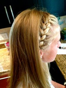 Gorgeous French braid with straight hair... with a tutorial