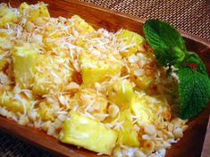 Tanzanian Pineapple Salad - Traditional recipe for a classic salad of pineapples with coconut, double cream, honey and rum topped with cashew nuts. Real Food Recipes, Great Recipes, Cooking Recipes, Healthy Recipes, Pineapple Salad, Pineapple Recipes, Pineapple Coconut, Tanzanian Recipe, Tanzania Food