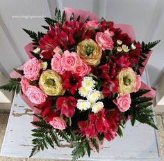 Vidám csokor   2078 Floral Wreath, Wreaths, Home Decor, Homemade Home Decor, Flower Crowns, Door Wreaths, Deco Mesh Wreaths, Interior Design, Home Interiors