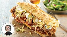 Québec-style philly cheese steak sandwich from Christian Bégin Roast Beef Sandwich, Philly Cheese Steak Sandwich, Steak Sandwich Recipes, Grilled Cheese Recipes, Appetizer Recipes, Beef Recipes, Cooking Recipes, Ideas Sándwich, Gourmet Burgers