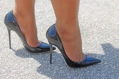 Stunning heels. I wonder if they come in a UK size 8?