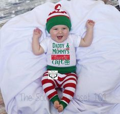 57 trendy ideas baby first christmas outfit boy newborns Baby's First Christmas Outfit, Boys Christmas Outfits, Babies First Christmas, Christmas Baby, Newborn Christmas Outfit Boy, Baby First Outfit, Baby Outfits, Daddy, After Baby