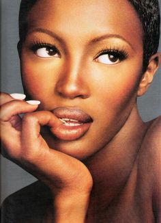 Naomi Campbell by Kevyn Aucoin.