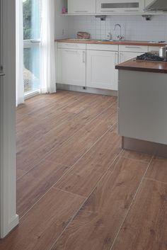 Keukentegels | Voordelig bij Tegels.com Tile Floor, Flooring, Kitchens, Tile Flooring, Wood Flooring, Kitchen, Cuisine, Cucina, Floor