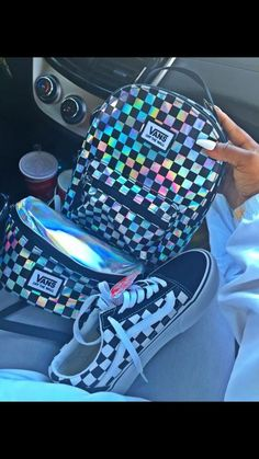 vans backpack holographic The clothing culture is fairly old. Cute Purses, Purses And Bags, Vans Mochila, Cute Shoes, Me Too Shoes, Vans Backpack, Backpack 2017, Vans Outfit, Cute Backpacks