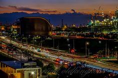 #sunset #bluehour #lionbridge #bayfrontavenue #bayfrontmrt #longexposure