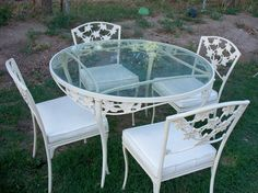 High Quality Brown Jordan Ivy Pattern Patio Table And 4 Chairs