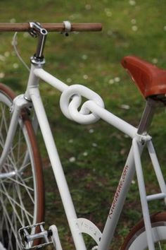 "interesting concept.. not very functional, but it makes a statement! i would try to weld a ""knot"" in one of the many old frames ive acquired"