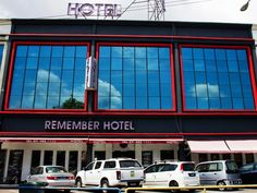 Batu Pahat Remember Hotel Batu Pahat Malaysia, Asia Remember Hotel Batu Pahat is a popular choice amongst travelers in Batu Pahat, whether exploring or just passing through. The property features a wide range of facilities to make your stay a pleasant experience. Service-minded staff will welcome and guide you at the Remember Hotel Batu Pahat. Guestrooms are designed to provide an optimal level of comfort with welcoming decor and some offering convenient amenities like towels,...