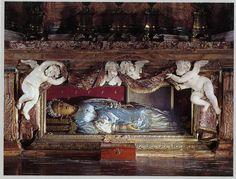 Corposantos. Iglesias y Basílicas | EL PASEO DE AURIN