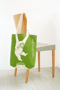Save the planet tote bag by Yu Che Lin, via Behance