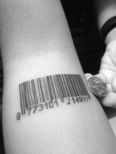 this is exactly what I want done on my wrists..but with my parents birthdays! love it!