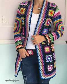 Gorgeous crochet granny square jackets are back on trend for Fall, and we've got all the best patterns and a video tutorial! Gorgeous crochet granny square jackets are back on trend for Fall, and we've got all the best patterns and a video tutorial! Crochet Jacket Pattern, Gilet Crochet, Granny Square Crochet Pattern, Crochet Poncho, Crochet Squares, Crochet Patterns, Crochet Granny, Granny Squares, Knitting Patterns