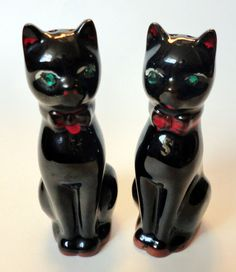 VINTAGE Black CAT Salt and Pepper SHAKERS por HouseOfBabylon, $16.00