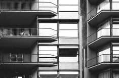 IT, Milano, apartment building via Giuseppe Vigoni 13. Architect Luigi Caccia Dominioni, 1959.