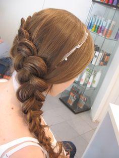 a nagy napra.. Dreadlocks, Hair Styles, Beauty, Hair Plait Styles, Hair Makeup, Hairdos, Haircut Styles, Dreads, Hair Cuts