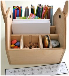 Arts Supplies Organization-Have dad make this. I love this for the kids.