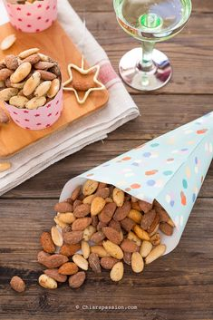 salted almonds shared by Ʈђἰʂ Iᵴɲ'ʈ ᙢᶓ on We Heart It A Food, Food And Drink, Tasty, Yummy Food, Antipasto, Biscotti, Snacks, Homemade, Cooking