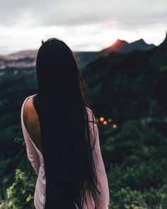 Time is non-refundable. Use it with intention 🍃 📸: @surrealshotz 📸 . . . . . . . . . #nakedhawaii #hawaiiunchained #hawaiirepublic #earthpix #awesomeearth #earthporm #nakedplanet #earthfocus #ourplanetdaily #instagood #travelawesome #roamtheplanet #earthgirladventures #womenwhohike #andshesdopetoo #radgirlscollective #mountaingirls #awesomeearth #wanderorwonder #earthawesome #tourtheplanet #moodytoning #shotzdelight #adventurerising#adventurethebeyond
