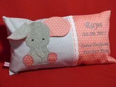 Namenskissen - Namenskissen zur Geburt - ein Designerstück von Taeschli-und-co bei DaWanda