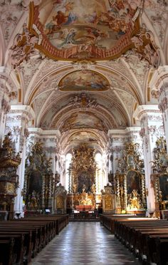 Baroque Architecture, Religious Architecture, Beautiful Architecture, Beautiful Buildings, Architecture Details, Interior Architecture, Beautiful Places, Fresco, Gothic Buildings