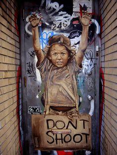 Hands Up (by Lmnopi) [street art]#streetart