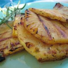 Ananas grillé au barbecue @ allrecipes.fr
