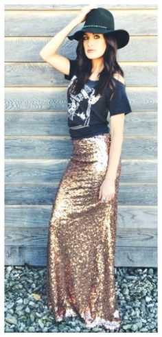 COWGIRL GYPSY SKIRT Matte Champagne Gold Sequin Long Maxi Skirt S-Xl Cowgirl Style Outfits, Cowgirl Fashion, Cowgirl Outfits, Cowgirl Clothing, Country Dresses, Country Outfits, Country Girl Style, Country Girls, Giddy Up Glamour
