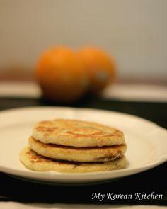 Korean - Sweet Filled Pancakes - Hoddeok (호떡)