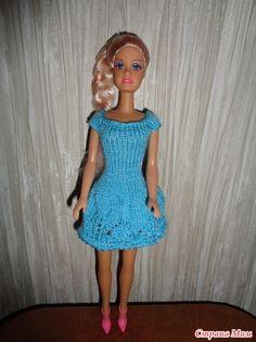 Одеваем кукол Барби. Нарядное платье