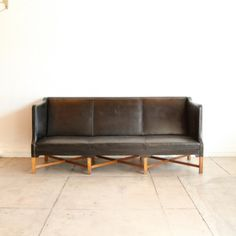 Galerie Half black leather sofa