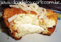 Pão de alho é uma delícia, vai bem como café da manhã, no final da tarde, e até mesmo no churrasco. Vale a pena conferir. A receita original peguei no facebook doReceita Low Carb(vale a visita!!). Ingredientes: 120 gr de cream cheese amolecido 250 gr de mozarelaralada 3 ovos 1/2 xícara de creme de leite …