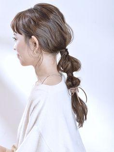 ゆるふわヘアアレンジ hs488392 | K-two あべのキューズモール店(ケーツーアベノキューズモールテン)のヘアスタイル・髪型・ヘアカタログを探すなら楽天ビューティ。後れ毛はヘアアレンジをより可愛く見せるポイント♪前髪は程良くシースルーで、小顔効果UP!