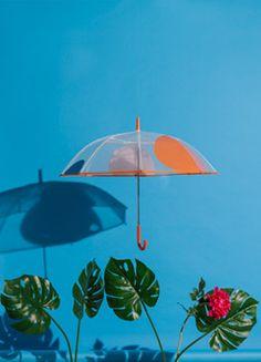 Fabricamos paraguas para hombre, mujer y niño. Somos proveedores de paraguas para grandes superficies, centros especializados y tiendas independientes.