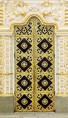 Door Detail Of The Lavra Monastery In Kiev by Alain De Maximy Cool Doors, Unique Doors, Entrance Doors, Doorway, Front Doors, When One Door Closes, Door Detail, Knobs And Knockers, Architectural Features